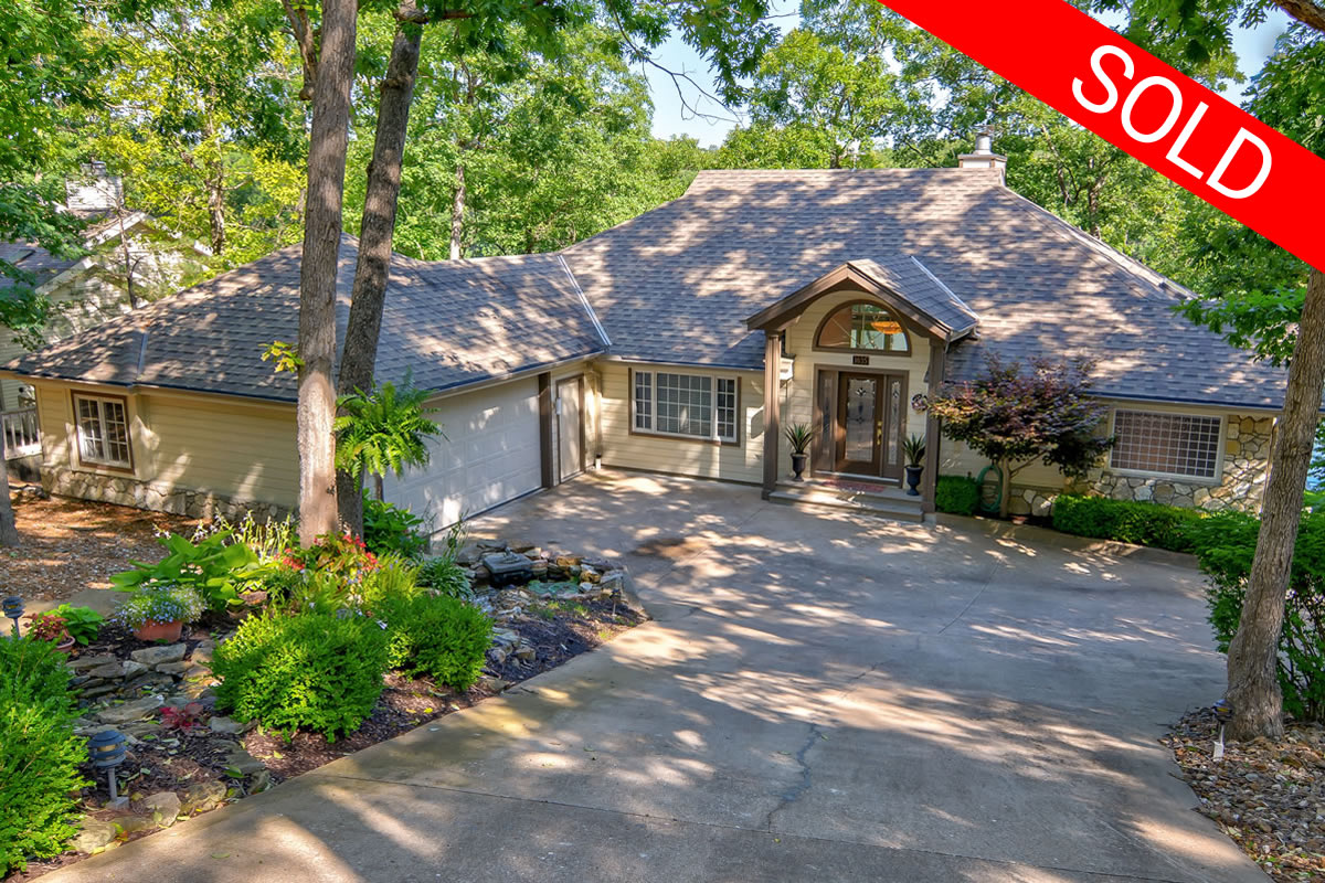 1035 Country Club-1SOLD