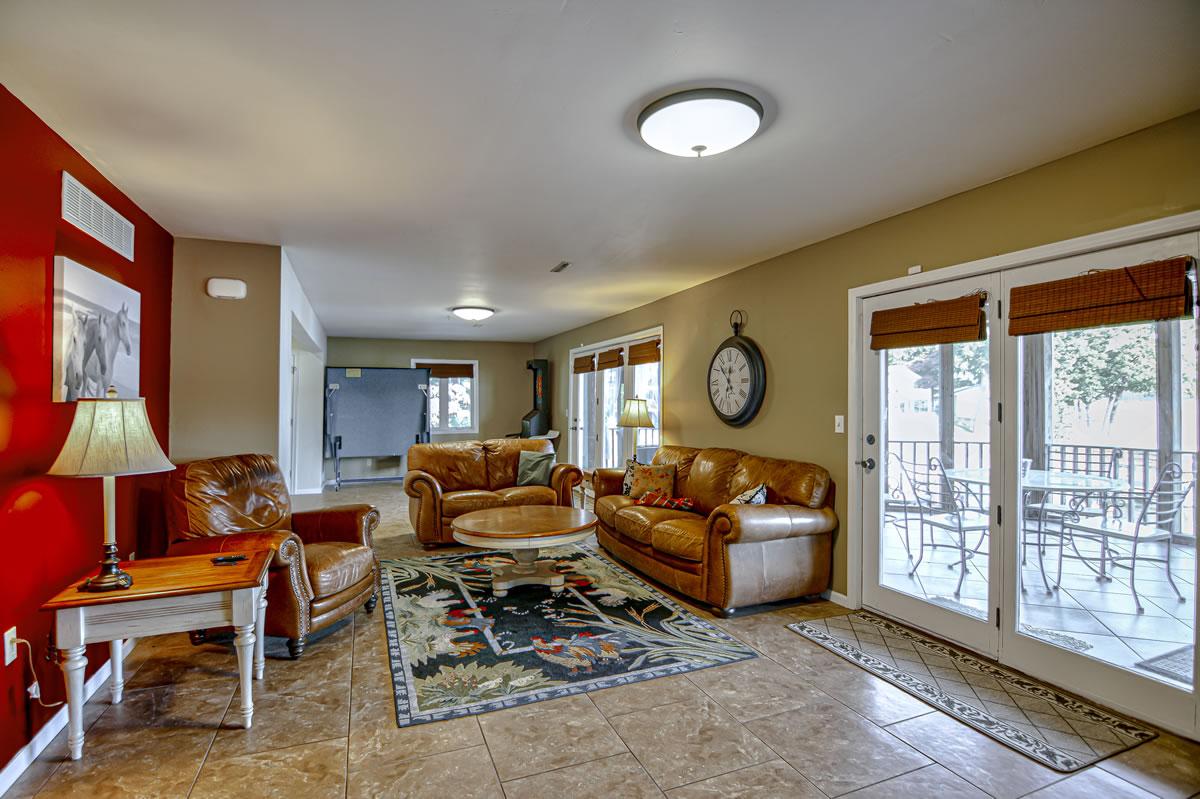 32653 Broadview Acres-36